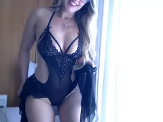 angel_danm_milf Stunning cam doll spreads legs & feels tongue playing with clit on live cam
