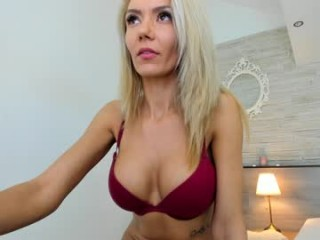 fallingangel_ Pal makes cam doll totally bare before licking her wet pussy on live cam