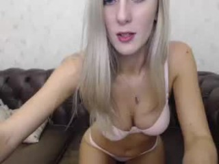 barby03 Dude has sex with his brunette cam doll and cums on her on live cam